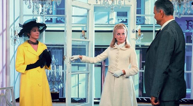 Les Parapluies de Cherbourg, film de Jacques Demy Catherine Deneuve