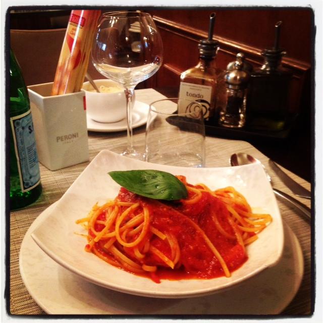 Linguine con pomodorini & basilico