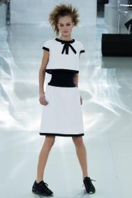 Sneakers Chanel Haute couture printemps été 2014