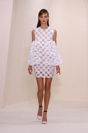 Défilé haute couture Dior printemps été 2014