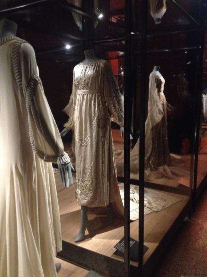 Robe de mariée satin duchesse, 1917,