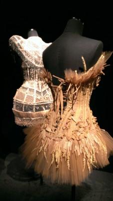 Jean Paul Gaultier Corset en paille naturelle tressée et blé