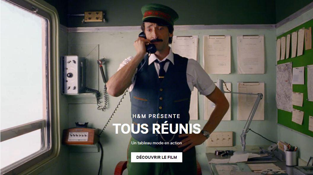 Adrian Brody dans Tous réunis, film de noël H&M réalisé par Wes Anderson