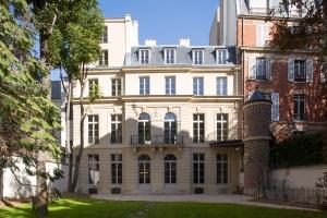 facade-grand-musee-du-parfum